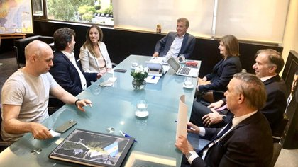 La última reunión del PRO, en febrero, con Mauricio Macri a la cabeza, antes de que avanzara la pandemia en el país (Prensa PRO)