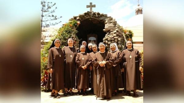Hermanas del Convento Santa Clara de Trujillo se preparan para la visita del Papa. Son las encargadas de preparar 100 mil hostias para la misa del Sumo Pontífice (Gentileza: RPP)