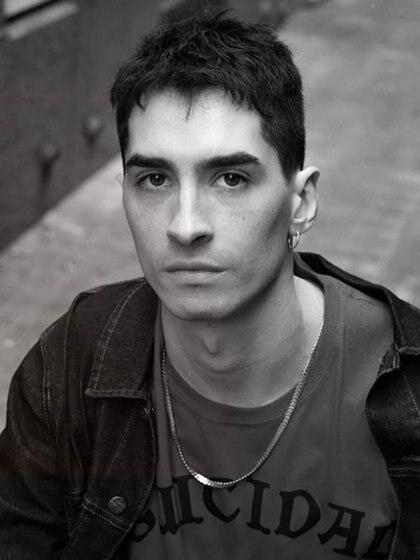 Fernando Contigiani (Denisse van der Ploeg)