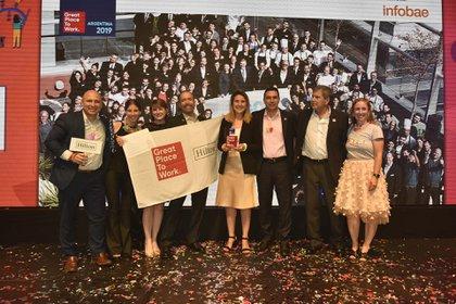 El equipo de Hilton, premiado como el mejor lugar en la categoría de 251 a 1000 colaboradores