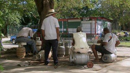 Por bloqueos, podría haber desabastecimiento de gas licuado en Colombia