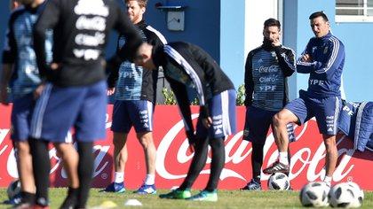 Lionel Scalonijunto a Lionel Messi (FotoBAIRES)