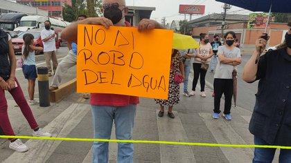 Cerraron vialidad en Ecatepec por desabasto de agua y culparon a organización relacionado con el PRD