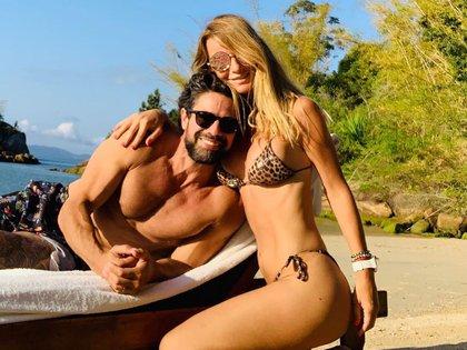 Luciano Castro y Sabrina Rojas, en una escapada después de la filtración de fotos íntimas del actor (Foto: Instagram @rojassasi)