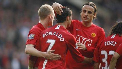 Dimitar Berbatov y Cristiano Ronaldo compartieron la temporada 2008/09 en el Manchester United (Shutterstock)