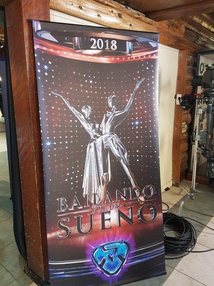 El banner en la entrada del Tattersall (Foto GENTE)