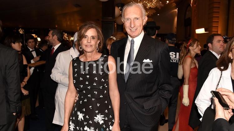 Jorge Neuss y Silvia Saravia en uno de los tantos eventos a los que asistían