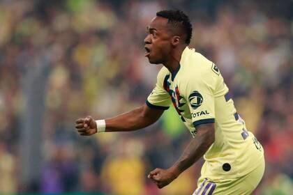 Sin embargo, en enero de 2020 tuvo que dejar de jugar a causa de una lesión en el tendón. (Foto: Reuters/Henry Romero)