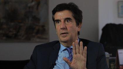 """Carlos Melconian: """"Si los 90 fueron la organización económica y Macri fue la política exterior, tomemos desde la izquierda moderada eso y a lo sumo administremos hasta recuperar la credibilidad""""."""