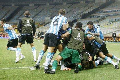 Racing jugará en la instancia de cuartos de la Copa Libertadores con el ganador del cruce entre Boca e Internacional de Porto Alegre (Bruna Prado/Pool via REUTERS)