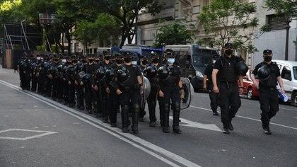 Efectivos de la Policía Federal en los alrededores del Congreso