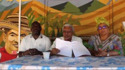 Victoria Sandino, Joaquín Gómez y Benkos Biohó, durante el anuncio de su no asistencia a la asamblea de las Farc. Foto: Twitter Victoria Sandino.