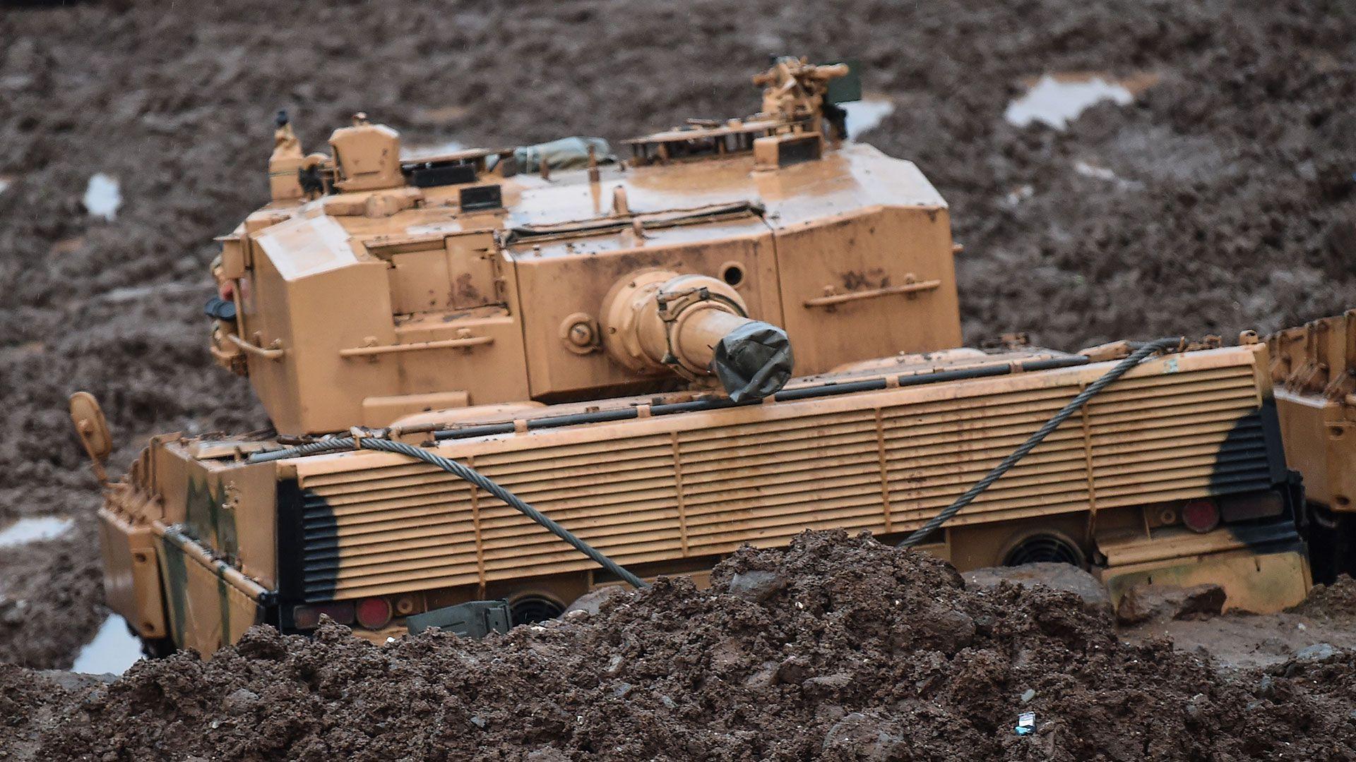 Un tanque Leopard 2A4 perteneciente a las Fuerzas Armadas turcas y desplegado en 2018 en Afrin. Está fabricado en Alemania