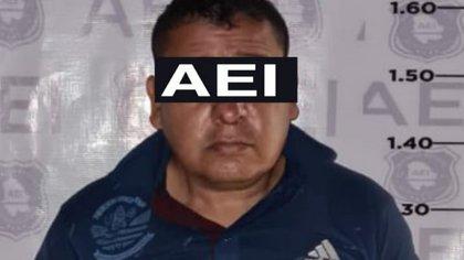 A El Parral, Chihuahua, un chef du cartel de Sinaloa a été arrêté.  C'était un objectif prioritaire des autorités (Photo: FGE Chihuahua)