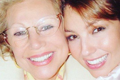 La muerte de su mamá llevó a Thalía a una fuerte depresión (Foto: Instagram @Thalia)