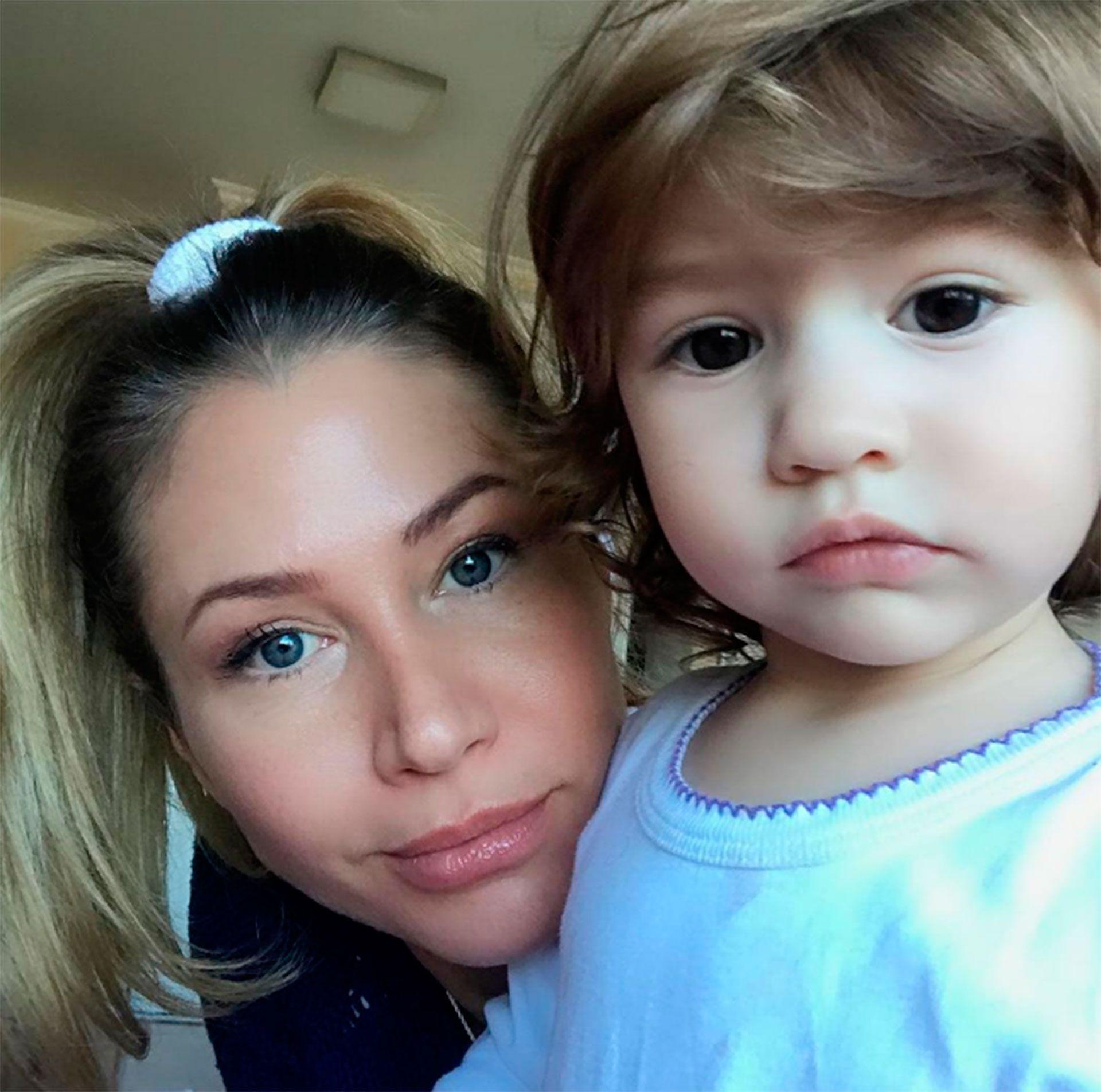 Adabel está dedicada full time al cuidado de su hija de dos años