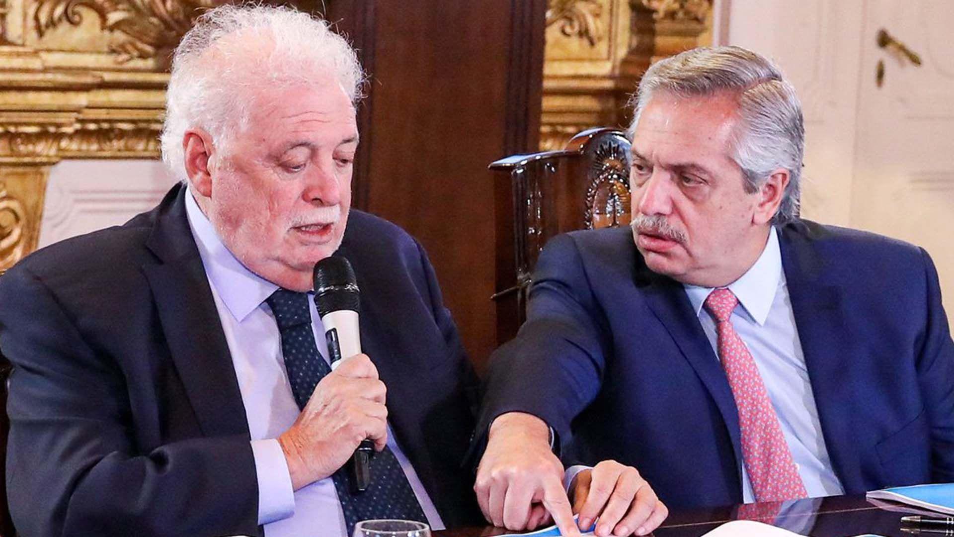 El ministro de Salud, Ginés González García, y el presidente, Alberto Fernández