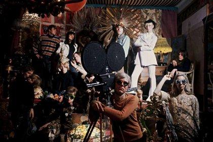 """Warhol y alguna de sus """"Superestrellas"""""""