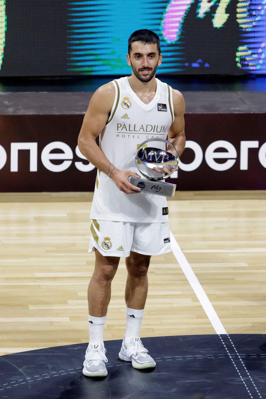 Campazzo campeón con Real Madrid
