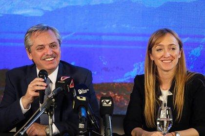 Alberto Fernández y la senadora Anabel Fernández Sagasti