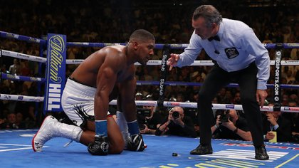 Joshua perdió por nocaut ante la sorpresa de todo el mundo (AFP)