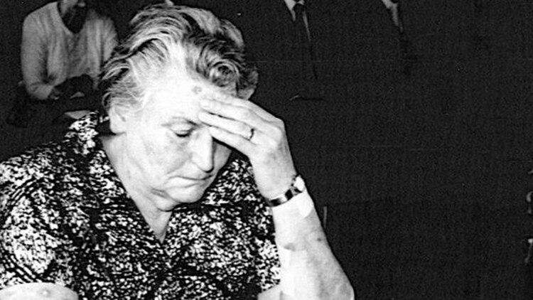 """""""La tigresa"""" se sentó por segunda vez en el banquillo en Alemania, en un largo proceso en el que sus víctimas relataron cómo habían sido torturadas por ella"""