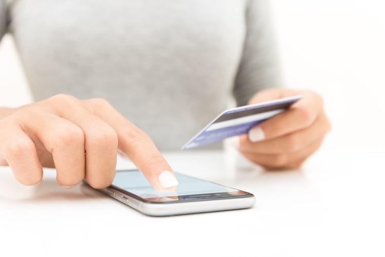 El peso de las compras online en el total de las ventas aún es bajo, pero cada vez más clientes se desplazan hacia esos canales de consumo