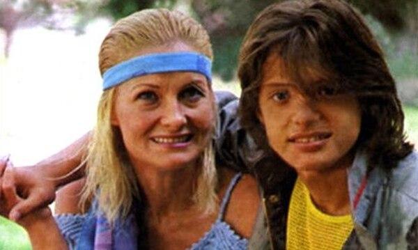 Marcela Basteri, junto a su hijo Luis Miguel
