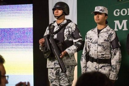 La Guardia Nacional tiene estructura y mandos militares aunque se presenta como corporación civil (FOTO: OMAR MARTÍNEZ /CUARTOSCURO.COM)