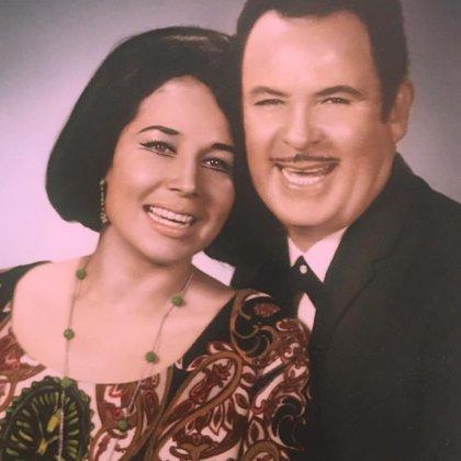 Pepe Aguilar insistió en que su madre será más que el momento de su muerte (Foto: Twitter @piloncillodaddy)