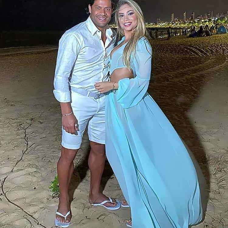 El brasileño y Camila contrajeron matrimonio (IG: @camiilaangelooficial)