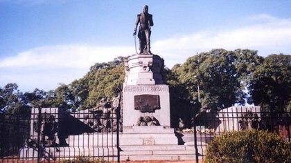 El monumento al almirante Guillermo Brown en la ciudad de Buenos Aires