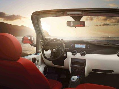 El nuevo E-Mehari es minimalista hasta el último detalle (Citroën)