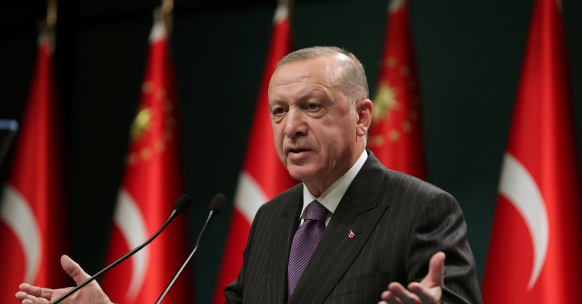 Turkey approves a controversy over increasing Erdogan's control over civilian organizations