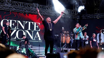 """El grupo cubano Gente de Zona presentanto """"Patria y Vida"""" en La Habana. EFE/Ernesto Mastrascusa"""