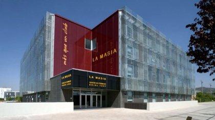 El nuevo edificio abrió sus puertas el 20 de octubre del 2011