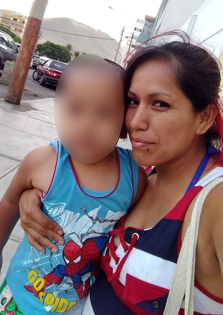 Vanessa, en Perú: fue expulsada junto a su bebé de dos años