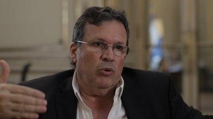 Tristán Bauer recibió a Infobae en su despacho del Ministerio de Cultura, de la Av. Alvear.