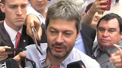 Matías Lammens votó en una escuela de Palermo