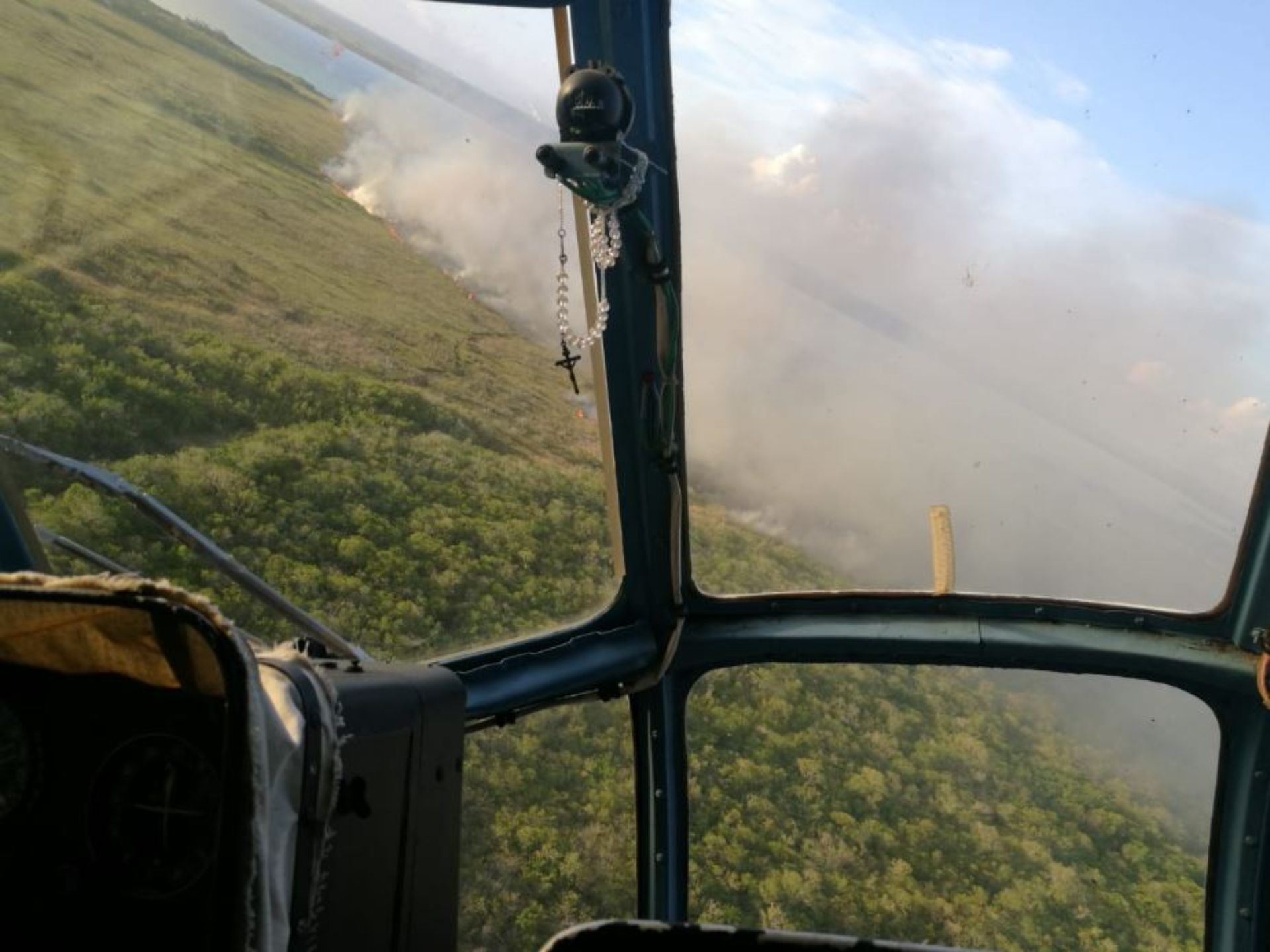 Las autoridades siguen sin poder controlar el segundo incendio, que ya ha consumido más de 2,000 hectáreas (Foto: @CONANP_mx)