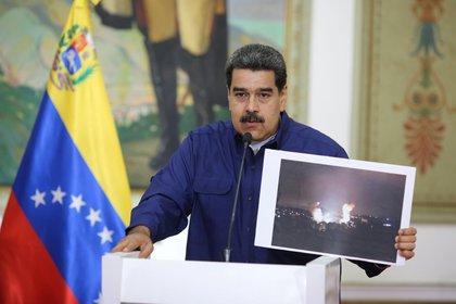 El dictador Nicolás Maduro durante su alocución en el Palacio de Miraflores (Palacio de Miraflores via REUTERS)