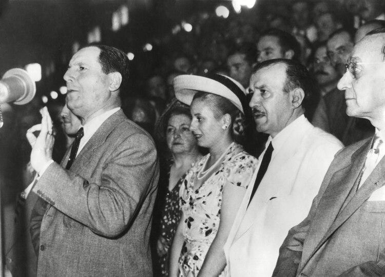 Juan Domingo Perón pudo elevar el número de carteras a 21.