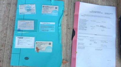 Trámites: documentación de una patente clonada capturada por la división Sustracción de Automotores de la Policía de la Ciudad.