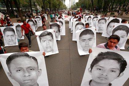 El caso Ayotzinapa cimbró a la sociedad mexicana y al mundo en general en 2014 (Foto: José Méndez/ EFE)