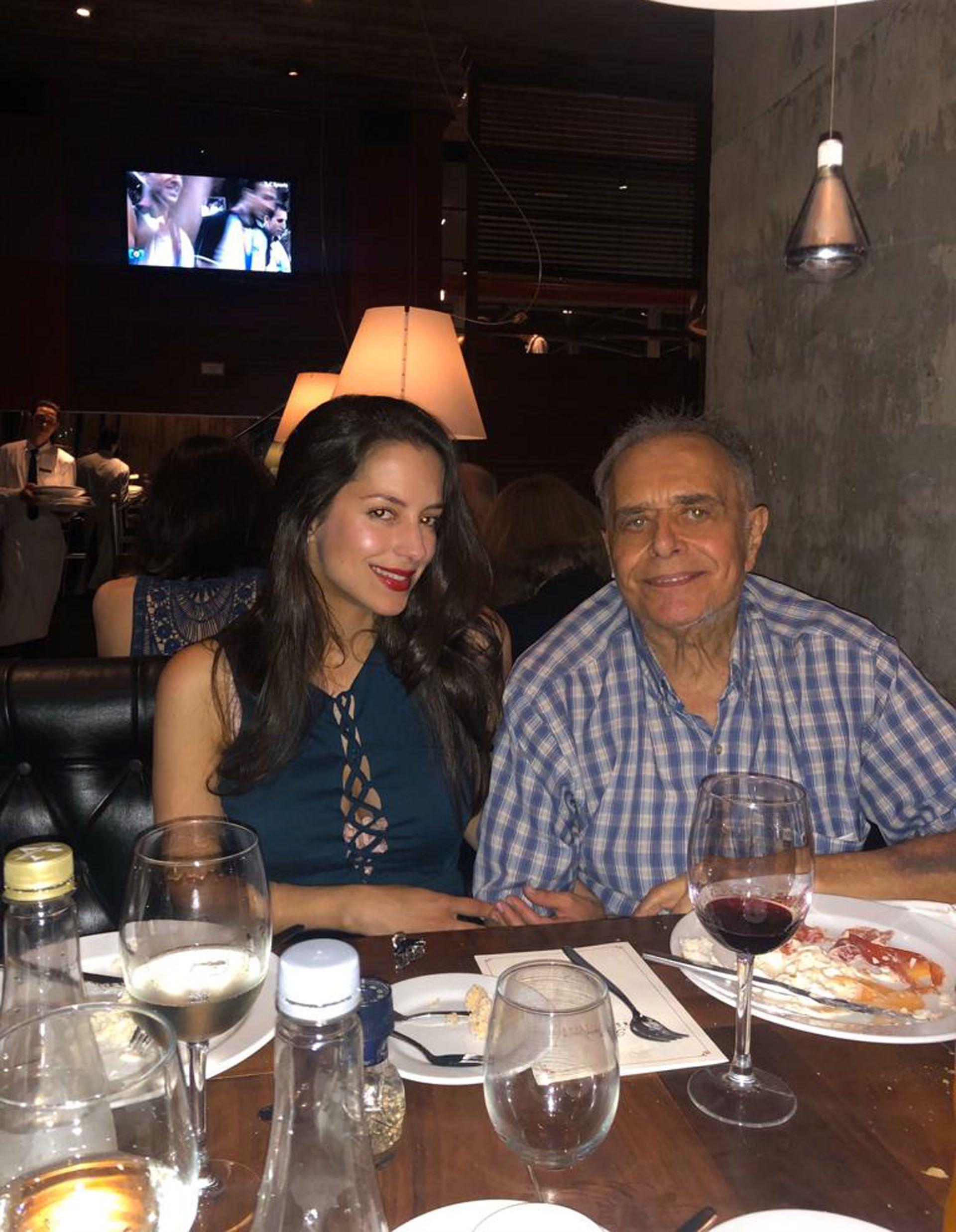 Una de las últimas fotos de Sergio Velasco Ferrero junto a su hija Camila