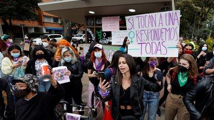 La Defensoría del Pueblo tiene reportes de 87 casos de violencia de género durante las manifestaciones