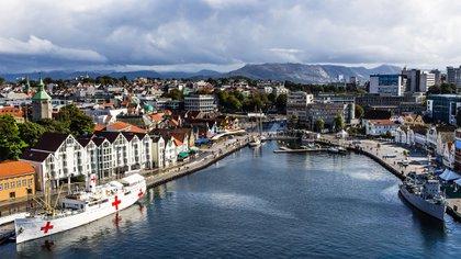 Cista panorámica de la ciudad de Stavanger, Noruega. Los países nórdicos dominan los primeros puestos de la lista. (Shutterstock)