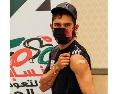 El UAE Team Emirates, en el que milita Fernando Gaviria, fue el primer elenco de ciclismo en el mundo en ser vacunado contra el covid-19. Foto: UAE Team Emirates