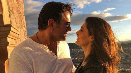 """La pareja se conoció cuando protagonizaron la telenovela """"Yo amo a Juan Querendón"""" (Foto: Instagram/@eduardosantamarinamx)"""