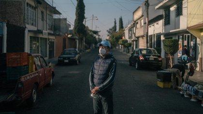 Miguel Ángel Maldonado Hernández pidió dinero prestado a sus amigos para pagar un concentrador de oxígeno que no funcionó